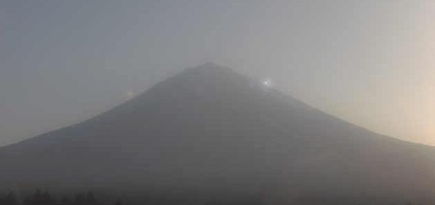 富士カプセル富士山
