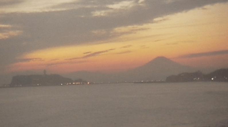 鎌倉七里ヶ浜