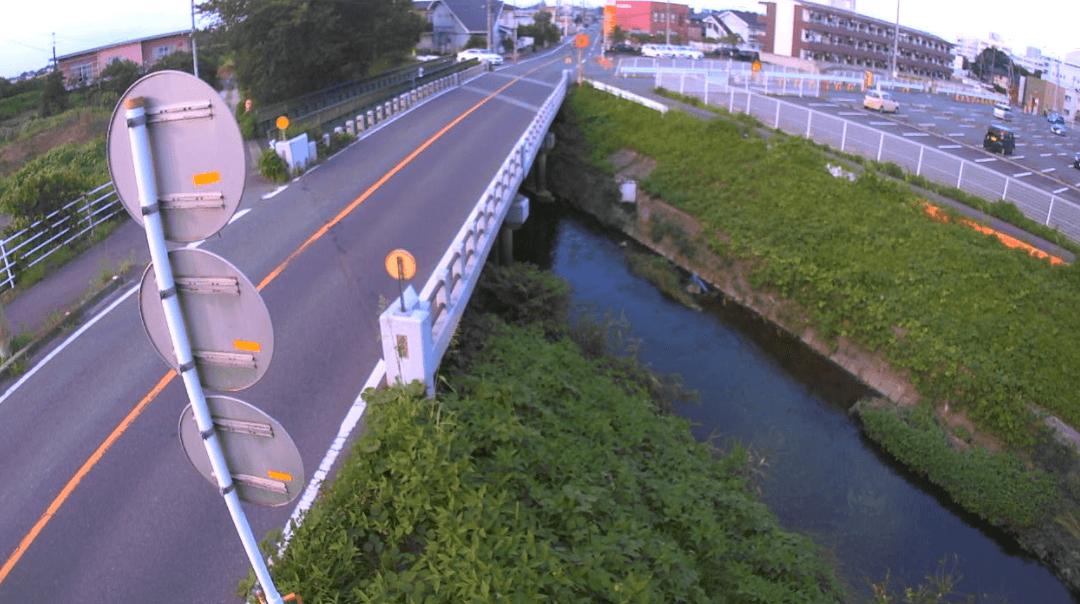 豊穂川新川橋